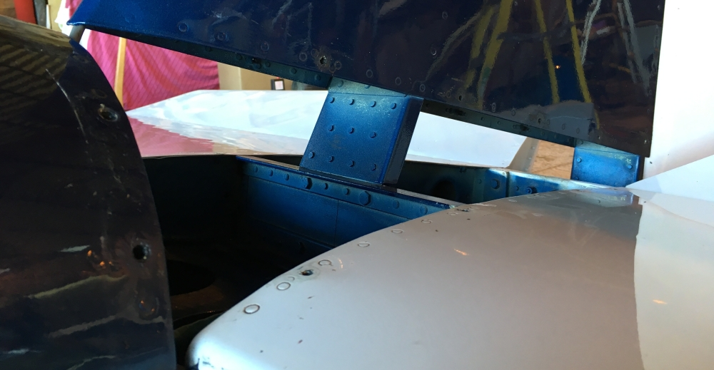 Tailplane / Vertical Stab Cover Removal